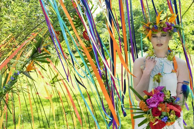 Mexicana Photoshoot bride with florals - Credit Bigphatphotos