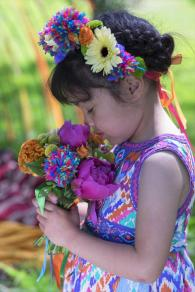 Mexicana Photoshoot flower girl - Credit Bigphatphotos